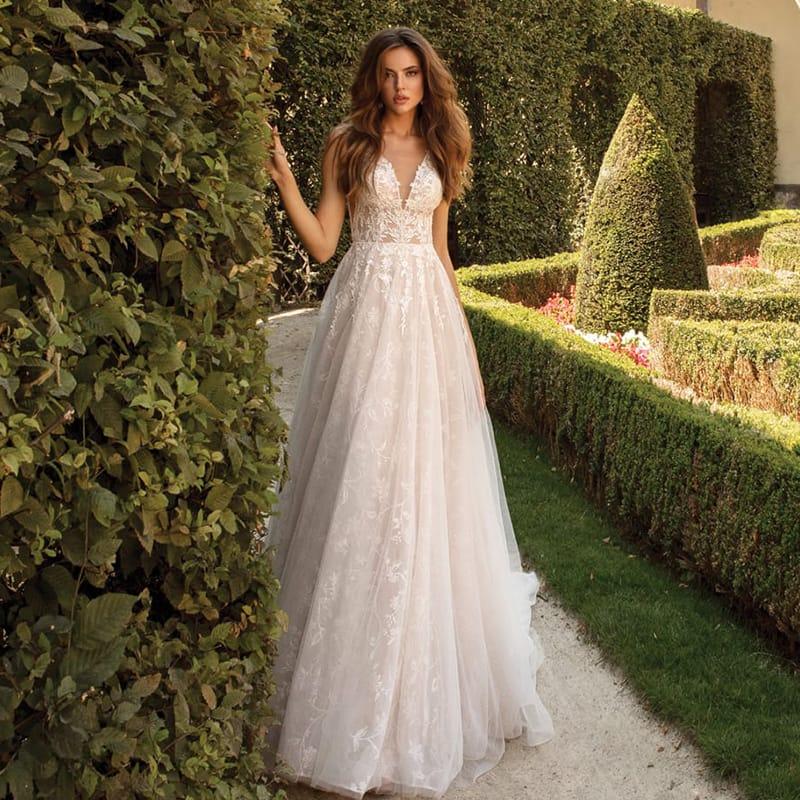 Свадебные платья Madioni by Ariamo