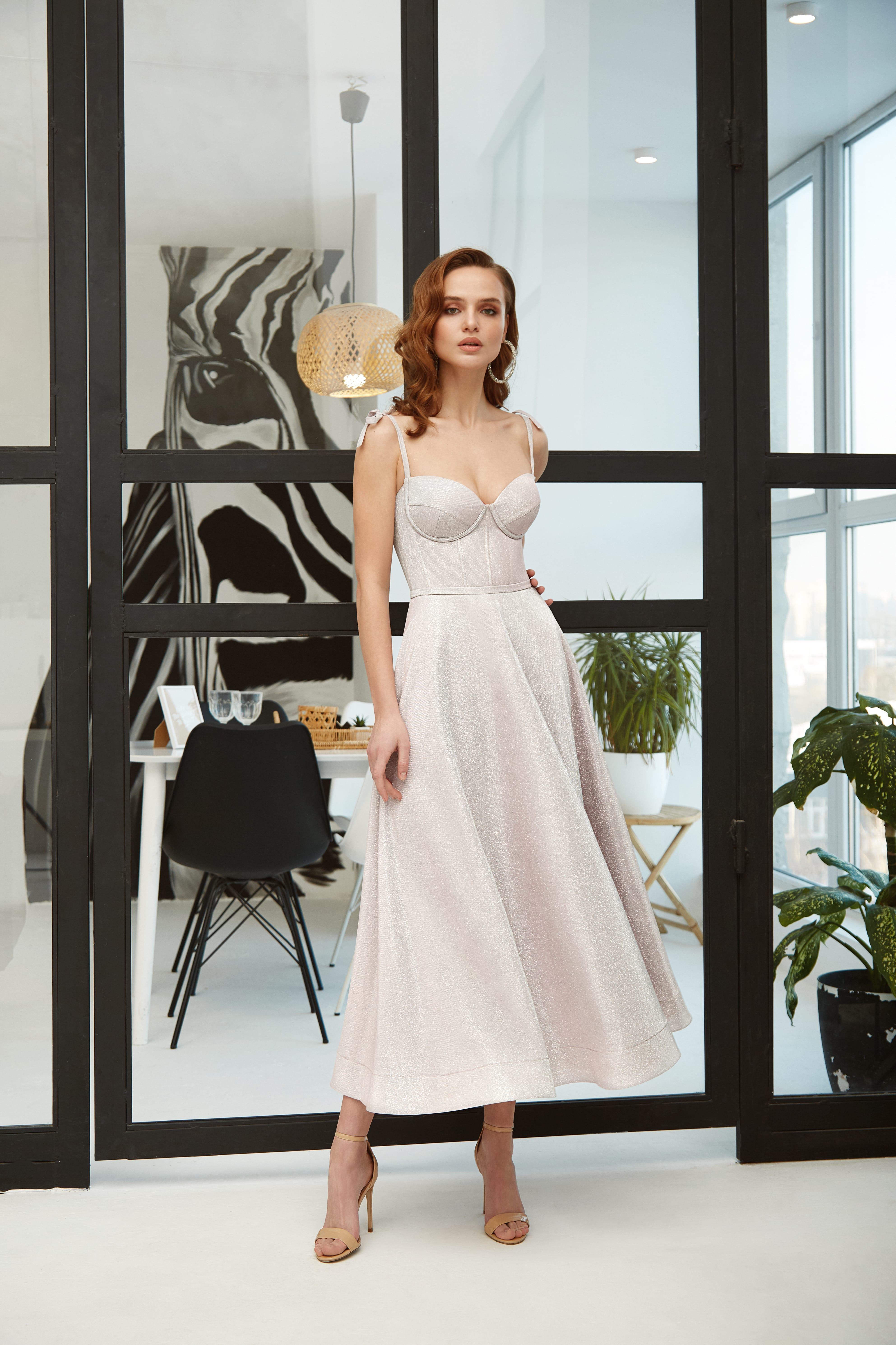 Коктейльные платья MD2109