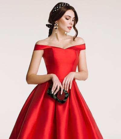 Коктейльное платье: особенности и преимущества наряда