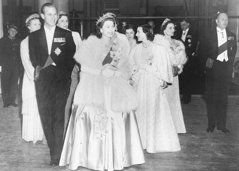 Королева Англии Елизавета II и ее муж принц Филипп