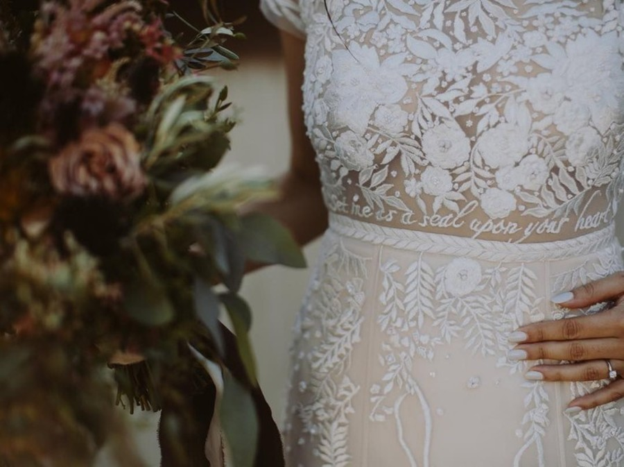 bible-verse-on-wedding-dress